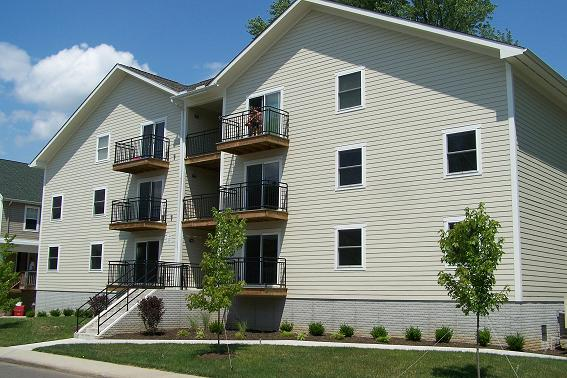 65 Stewart  2 3 Bedrooms65 Stewart  2 3 Bedrooms   Bobcat Rentals  Athens Ohio Apartments  . One Bedroom Apartment Athens Ohio. Home Design Ideas